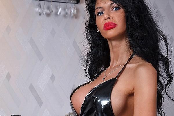 Mistress Antonella Bukarest